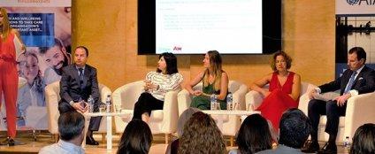 AIAL celebra la jornada 'Impulsar la justicia social, promover el trabajo decente'